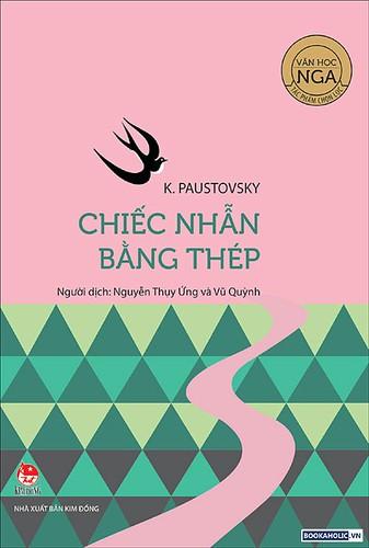 chiec nhan bang thep