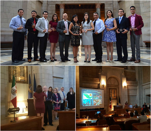 Ceremonia de reconocimiento a maestros mexicanos