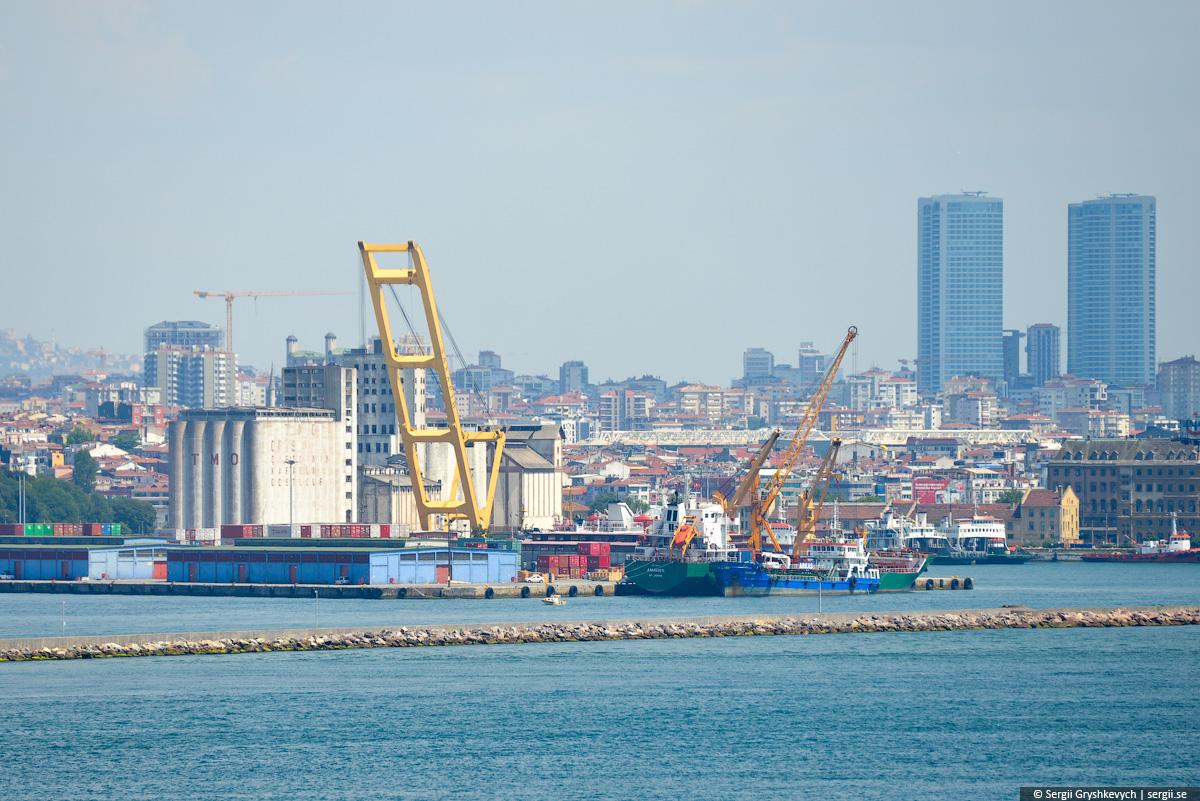 crane_vessel_zahariy-1