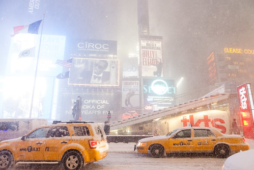 NYC Blizzard 2009, Times Square | by Dan Nguyen @ New York City