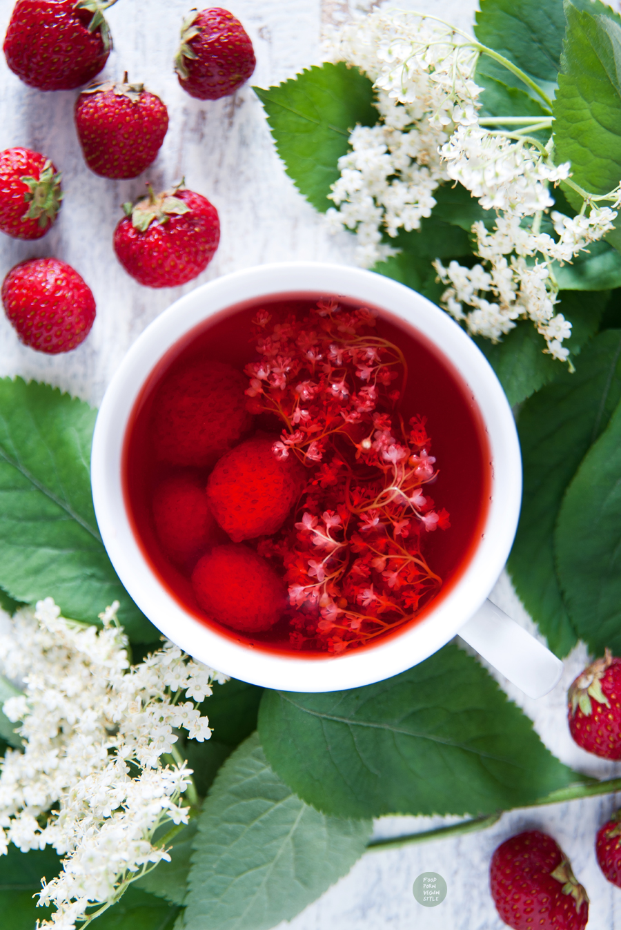 Strawberry-elderflower lemonade