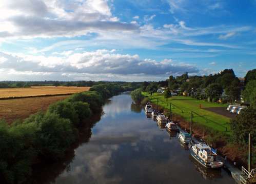 Afternoon sky over the River Severn, Worcester | by vgtortoise (Caroline Mann ARPS)
