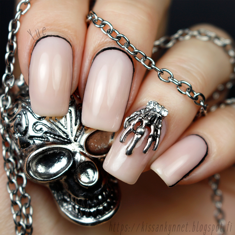 skeleton_nails