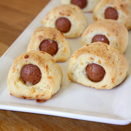 Make-Ahead Cheesy Pigs in a Blanket | by Tracey's Culinary Adventures