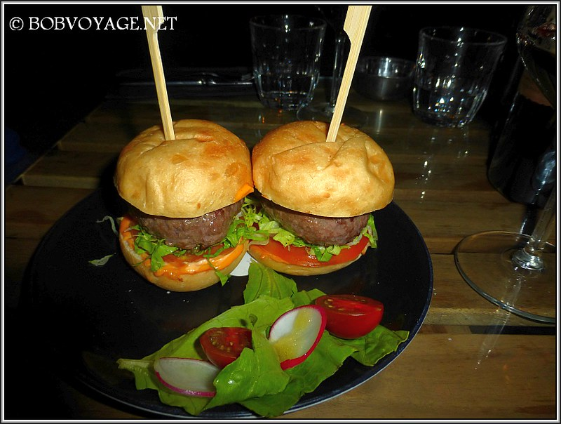 מיני המבורגר כפול ב- אל וסינו