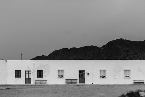 Tres casas | Three houses | by Antonio Martínez