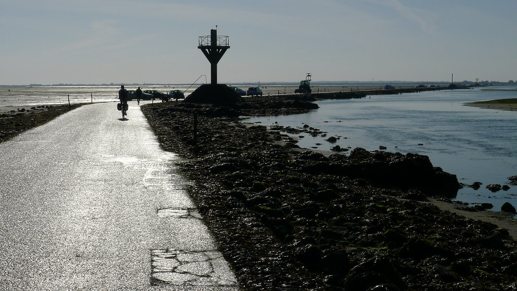Passage Du Gois – Road That Simply Disappear