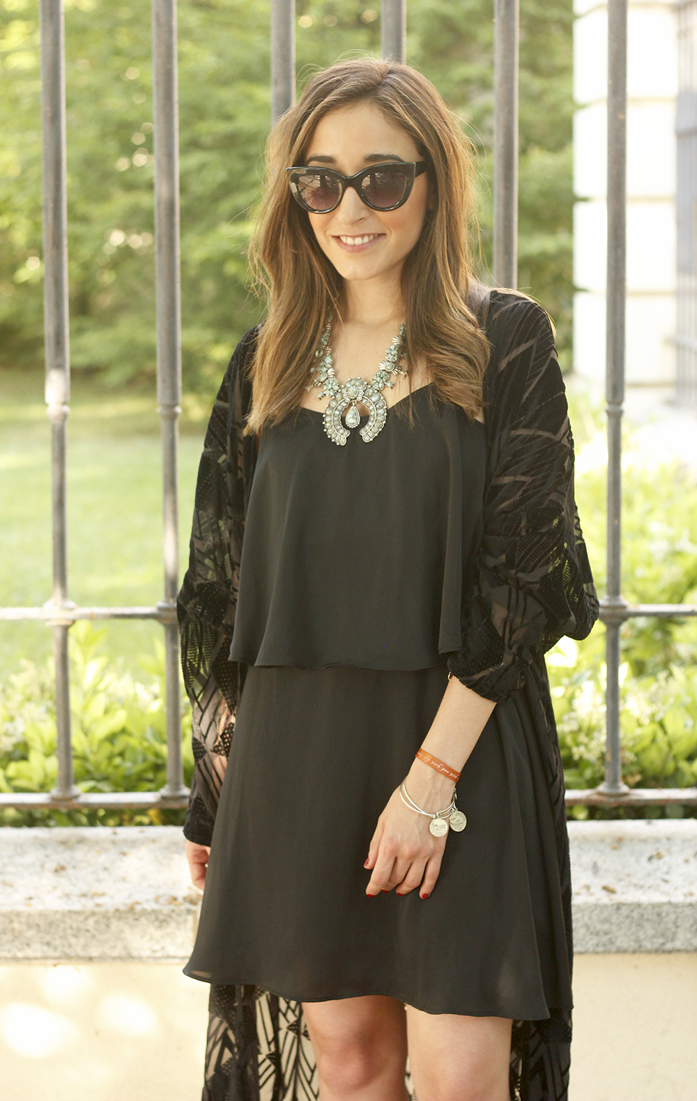 black kimono and black dress sandals accessories summer outfit style fashion sunnies11