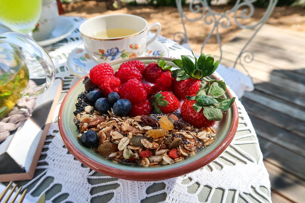 casa modesta breakfast