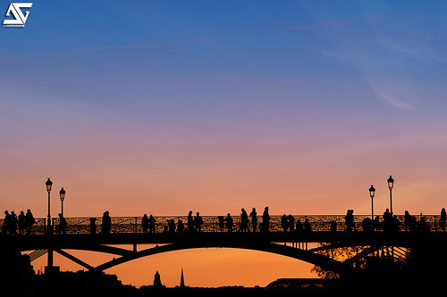 Pont des Arts - Sunset | by A.G. Photographe