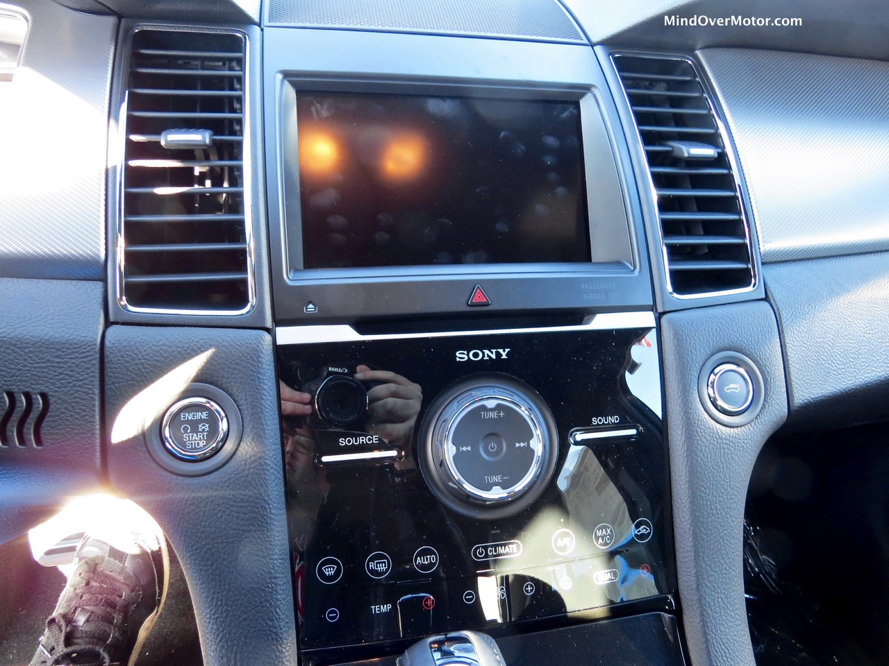 2015 Ford Taurus SHO Center Stack
