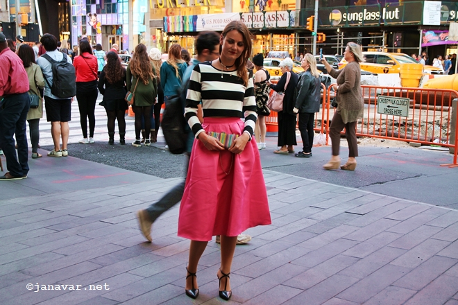 Fashion: Stripes, pink & happy
