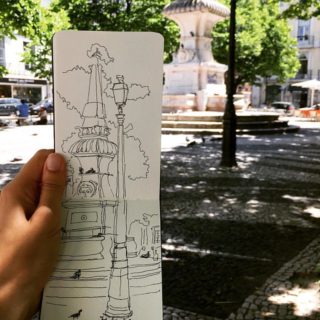 Sketching in #lisbon, in very good company. Hi Heather, it was lovely to meet you earlier today! @skinnylaminx