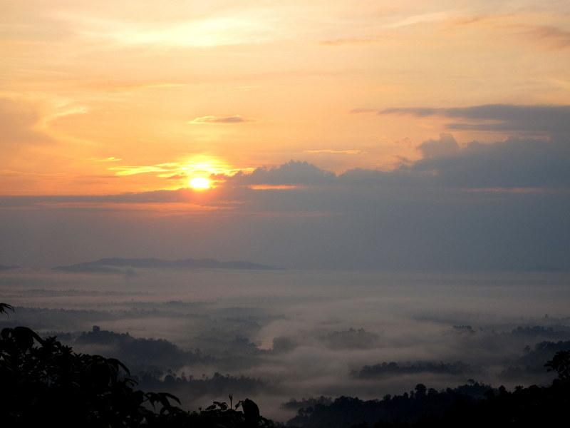 Bukit Panorama, Sungai Lembing - 05 rising sun