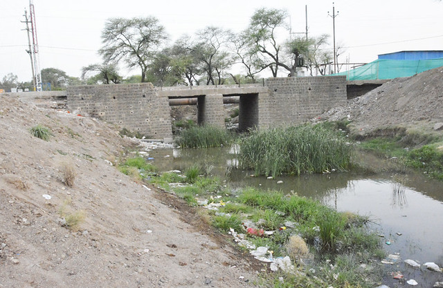 The temperory  Khan river diversion near Bhooki Mata temple in Ujjain.