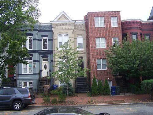 Cheap infill rowhouse, 500 block of M Street NE