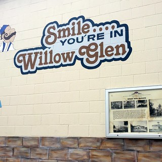 Smile You're in Willow Glen sign 17 June 2016