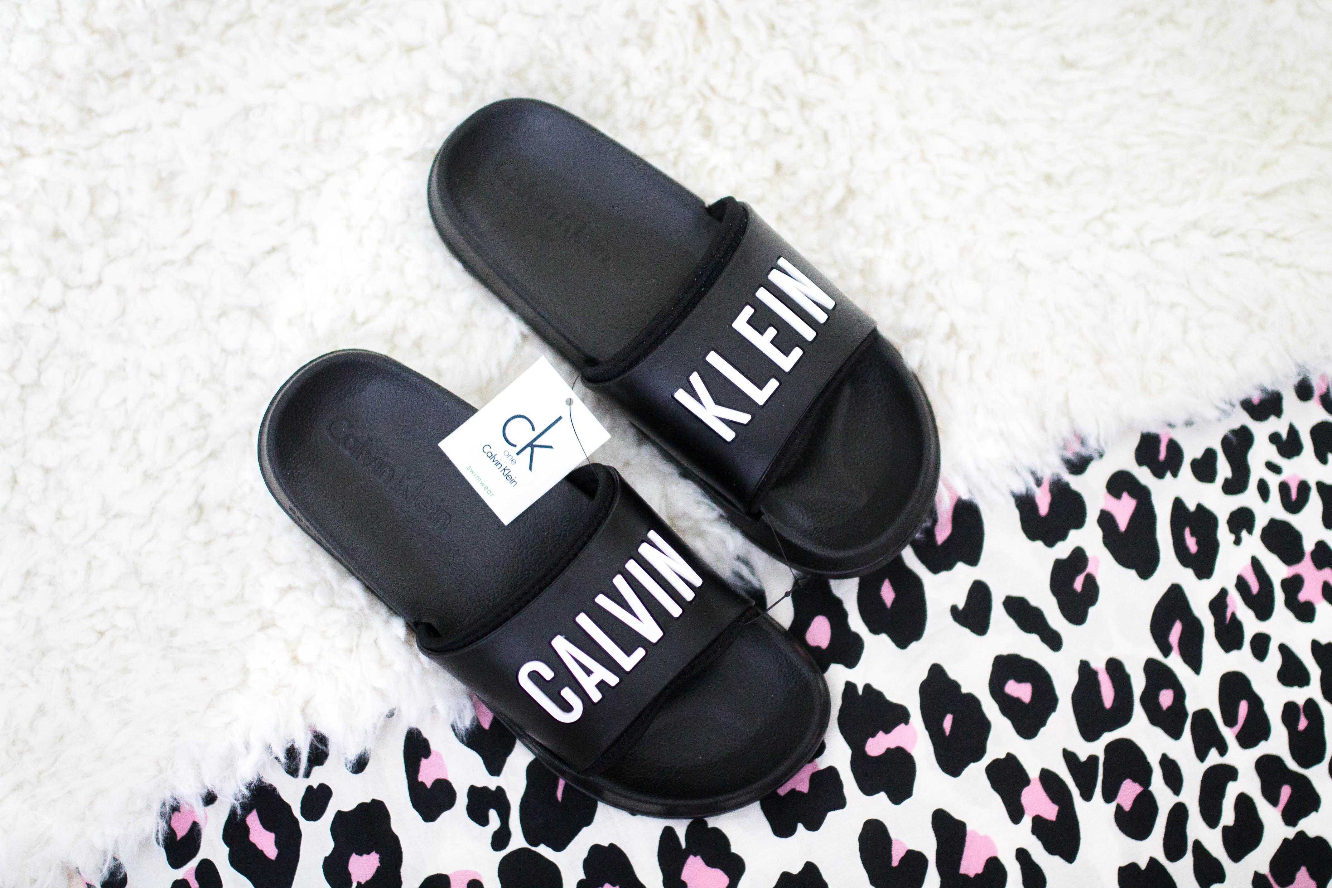 Calvin Kleinin sandaalit