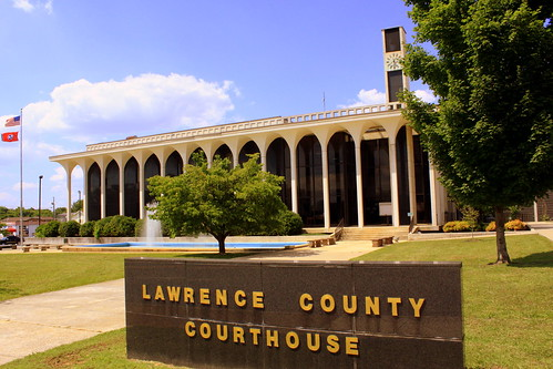Lawrence County Courthouse - Lawrenceburg, TN