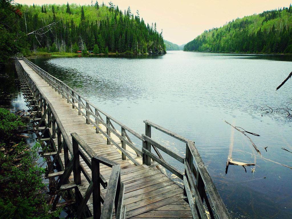 Lac dans le parc d'Aiguebelle en Abitibi-Témiscamingue