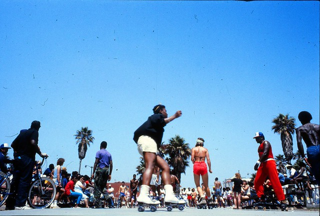 venice_beach_rollerskates_1983