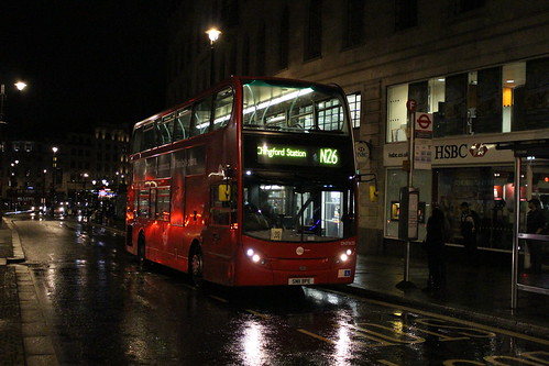 CT Plus DN33635 on Route N26, Charing Cross Station