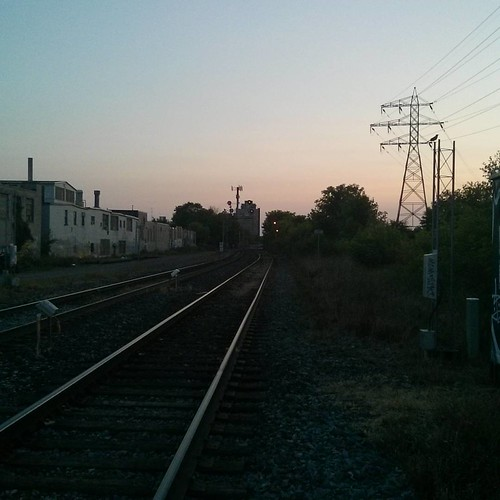 Looking west down the tracks #toronto #rail #dupontstreet #evening