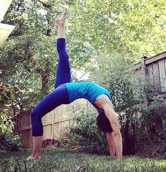 dana-yoga2