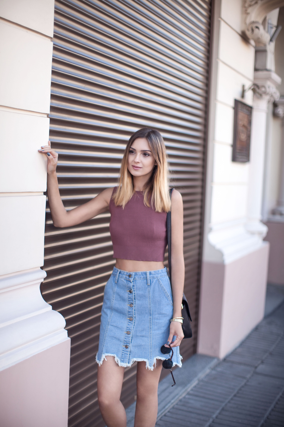 crop-top-denim-skirt-fashion-blogger-street-style