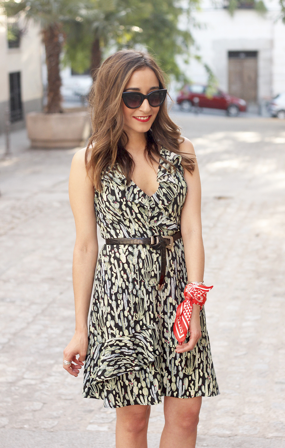 summer dress with cactus prints black sandals sunnies outfit style 20