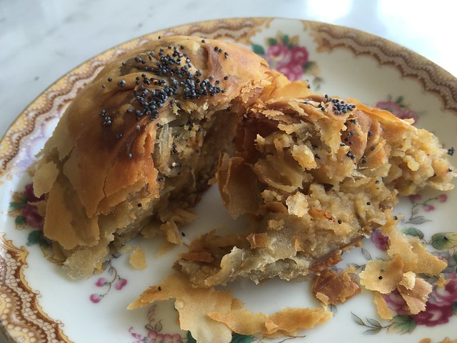 Potato knish - 20th Century Cafe