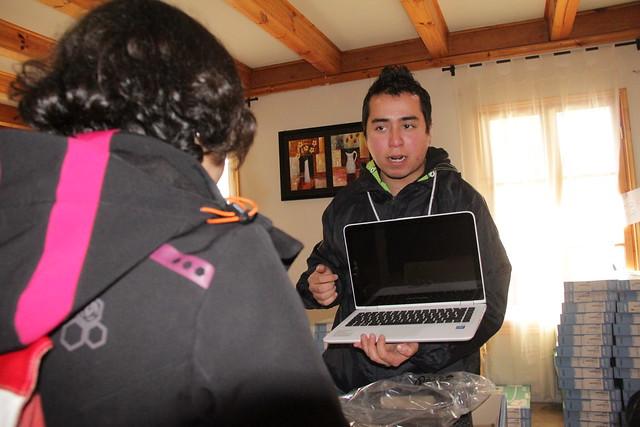 230 alumnos de la comuna de Las Cabras recibieron notebook´s