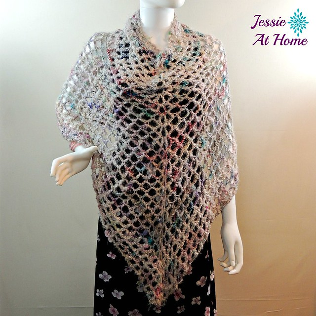 Phoebe-Poncho-free-crochet-pattern-by-Jessie-At-Home-2