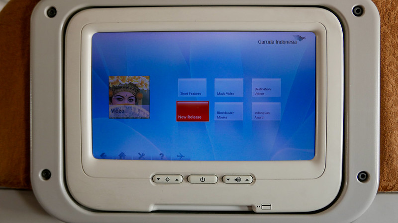 27855818180 b7dff6ac96 c - REVIEW - Garuda Indonesia : Economy Class - Semarang to Bali (B738)
