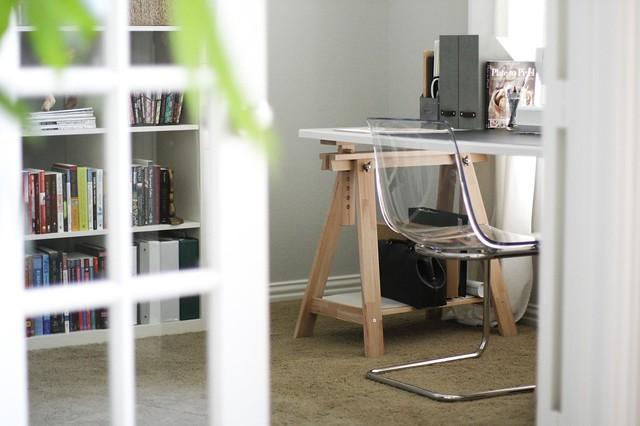 Sarah Office60
