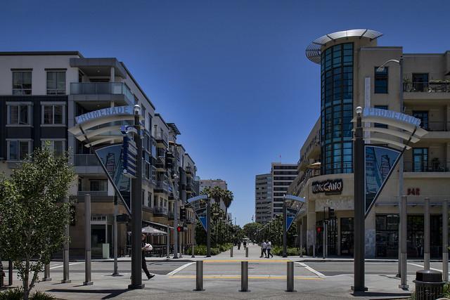 Long Beach Promenade