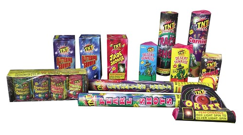 Star Struck Selection Box by TNT Fireworks - Inner Contents
