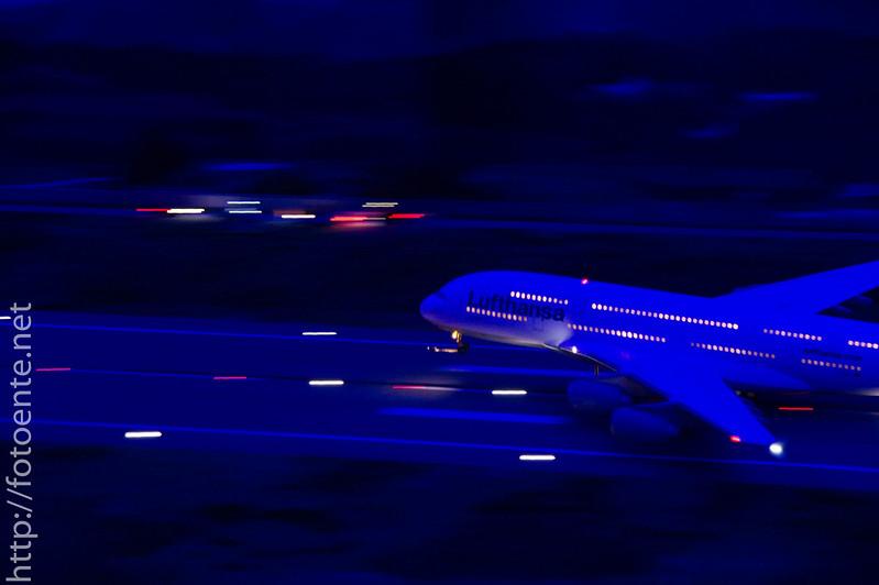 Miniatur Flugzeugstart