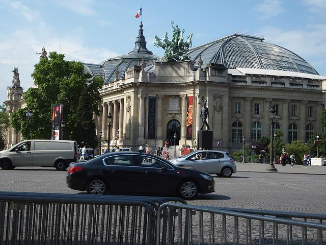 P5281830 シャンゼリゼ大通り L'Avenue des Champs-Élysées パリ フランス paris france
