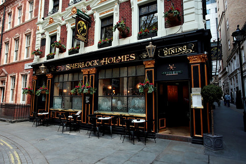 Lo Sherlock pub