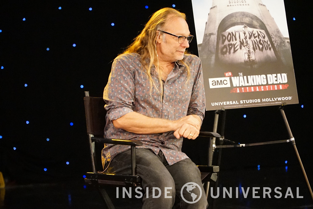 Becoming a walker at The Walking Dead Attraction with John Murdy and Greg Nicotero