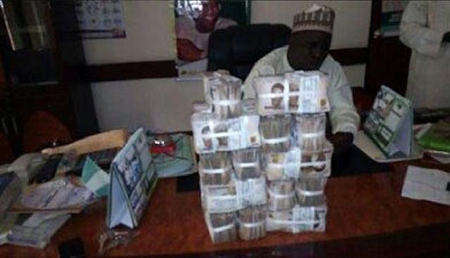 Nigeria Controversial Cash Bundles