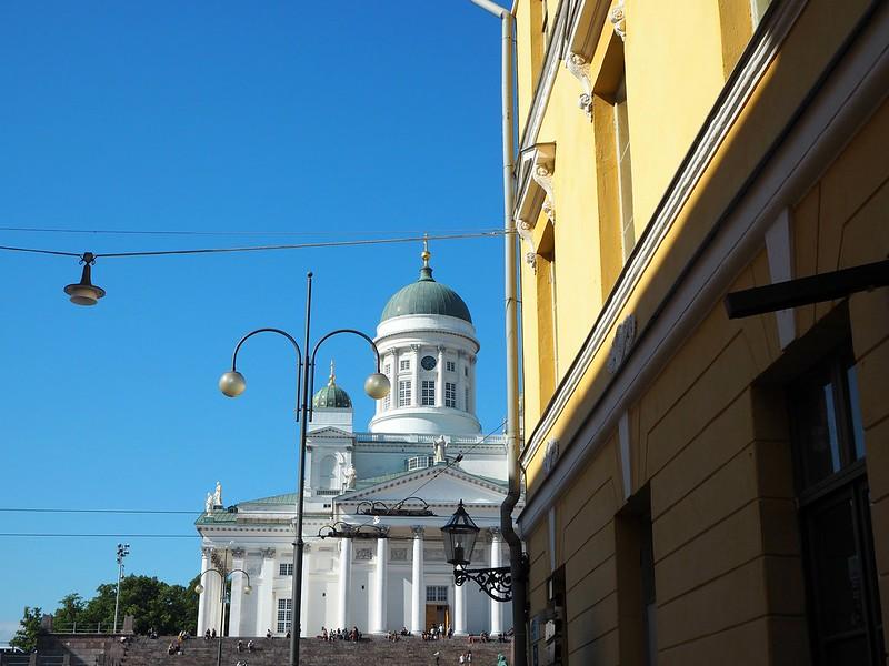 helsinkisummerP7018364, domkyrkan, tuomiokirkko, helsinki, finland, senaatintori, aurinko,  sun, summer, kesä,