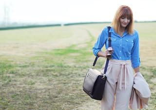 Summer workwear: Pale pink trouser suit, blue gingham shirt, Jennifer Hamley Model KT Workbag in Aubergine | Not Dressed As Lamb
