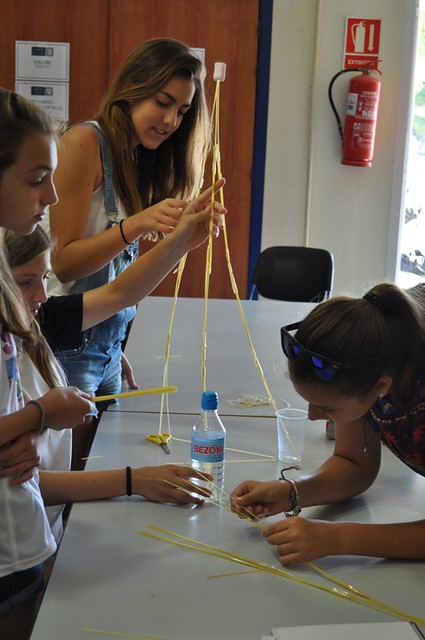 Lady Elizabeth School - Summer School - Team Building