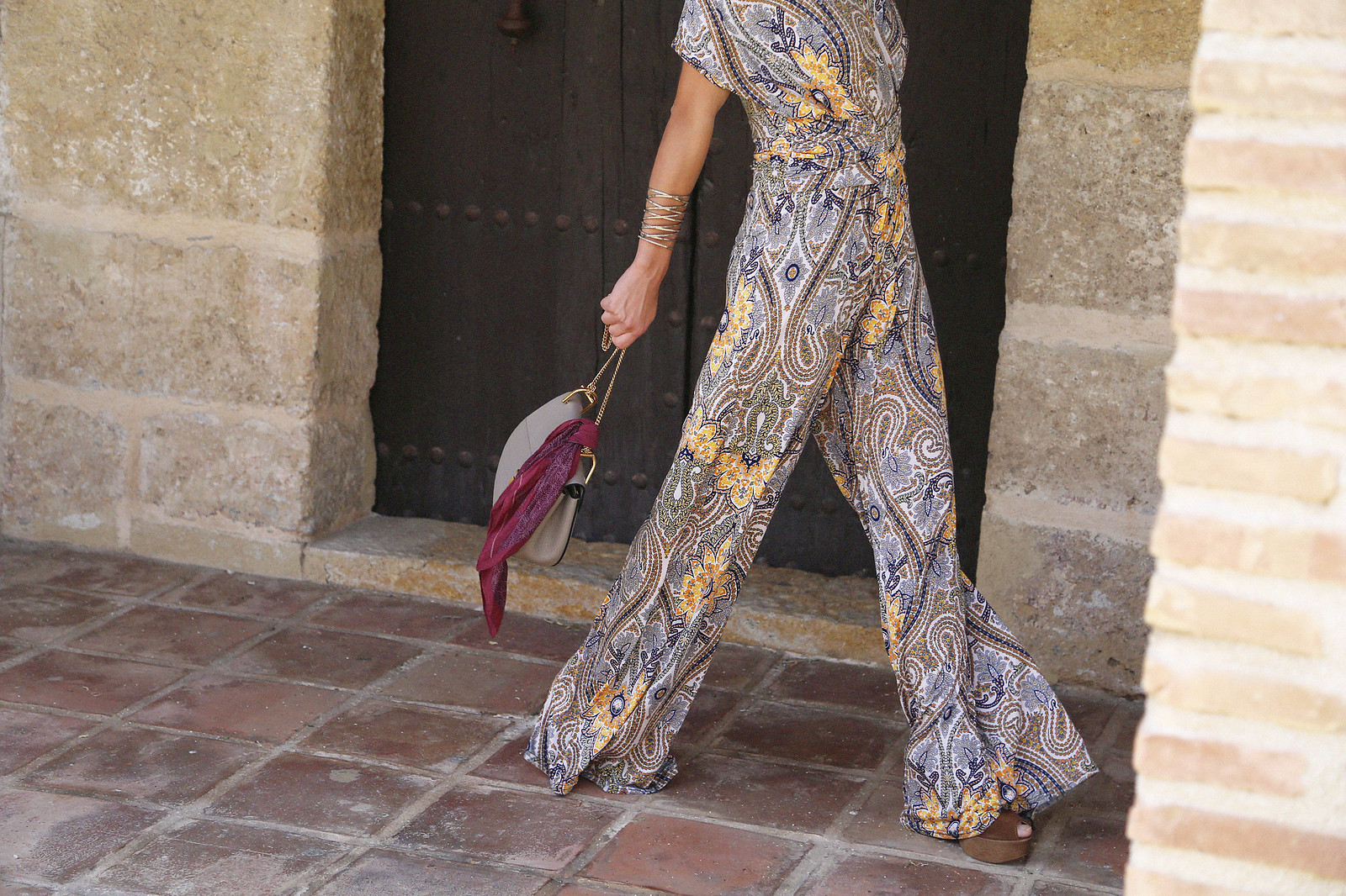 jessie chanes seams for a desire paisley jumpsuit summer hat chloe bag-5