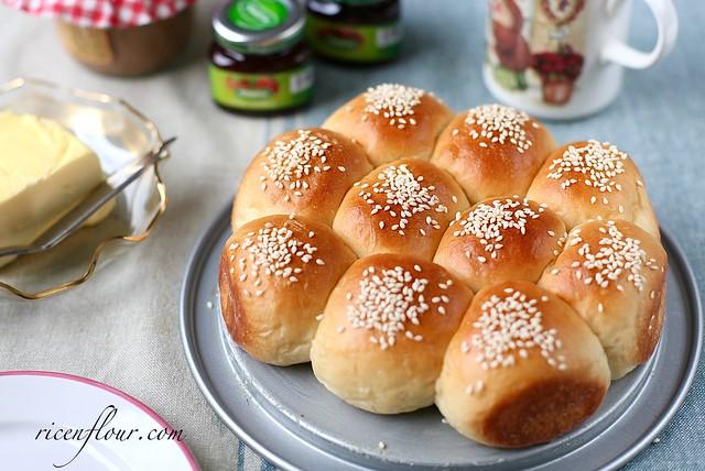 Hokkaido milky buns