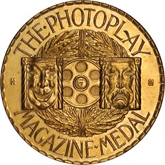 Photoplay Magazime medal gilt bronze obverse