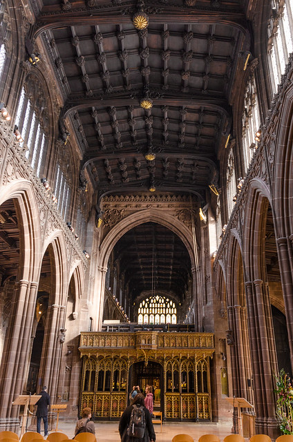 inside manchester cathedral
