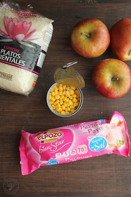 Ensalada de pechuga de pavo, manzana, maíz y yogur www.cocinandoentreolivos.com (1)